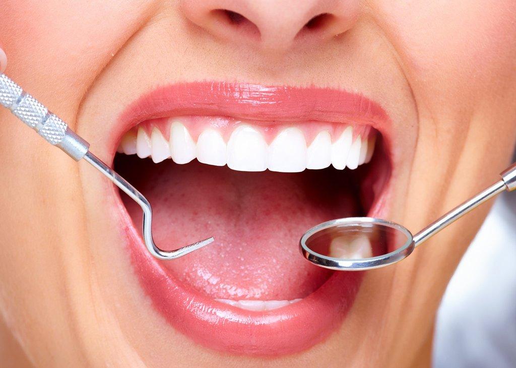 Стоматологические услуги: Услуги стоматологические в Dental Design (Дентал Дизайн), стоматологическая клиника