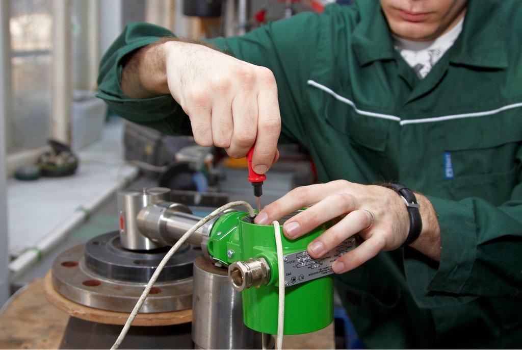 Контрольно-измерительные приборы (КИПиА): Ремонт измерительных приборов в Техносервис, ООО