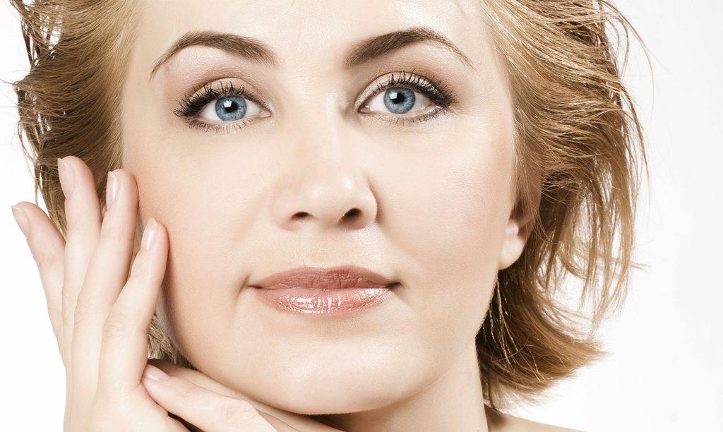 Косметологические процедуры: Уход омолаживающий для сухой и нормальной кожи SkinClinic в Амалуна, медицинский центр