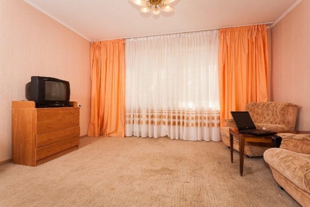 Двухкомнатные квартиры: Двухкомнатная квартира улица 3 Августа 24 (Б) в Эдем