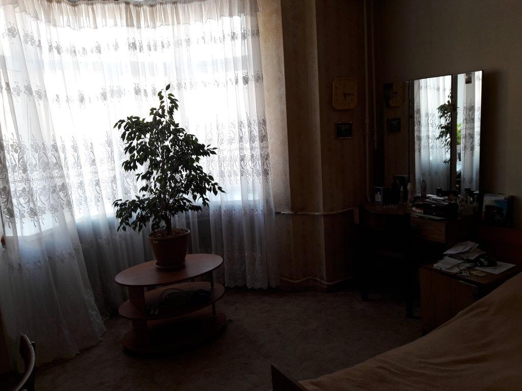 3-комн. квартира: г. Орск, пр. Ленина, д. 49 в Континент