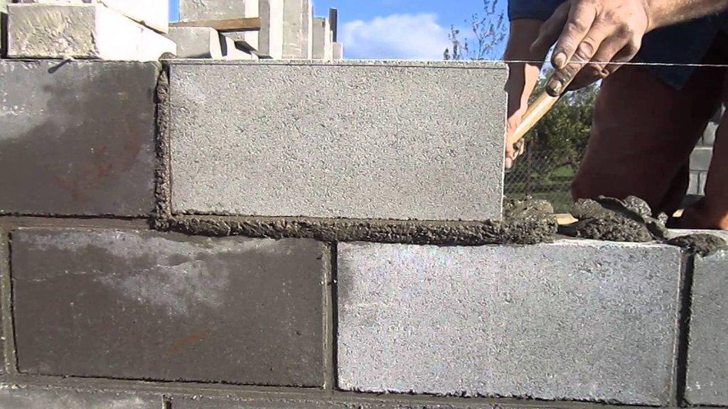 Кладочные работы: Укладка блоков в А-Строй