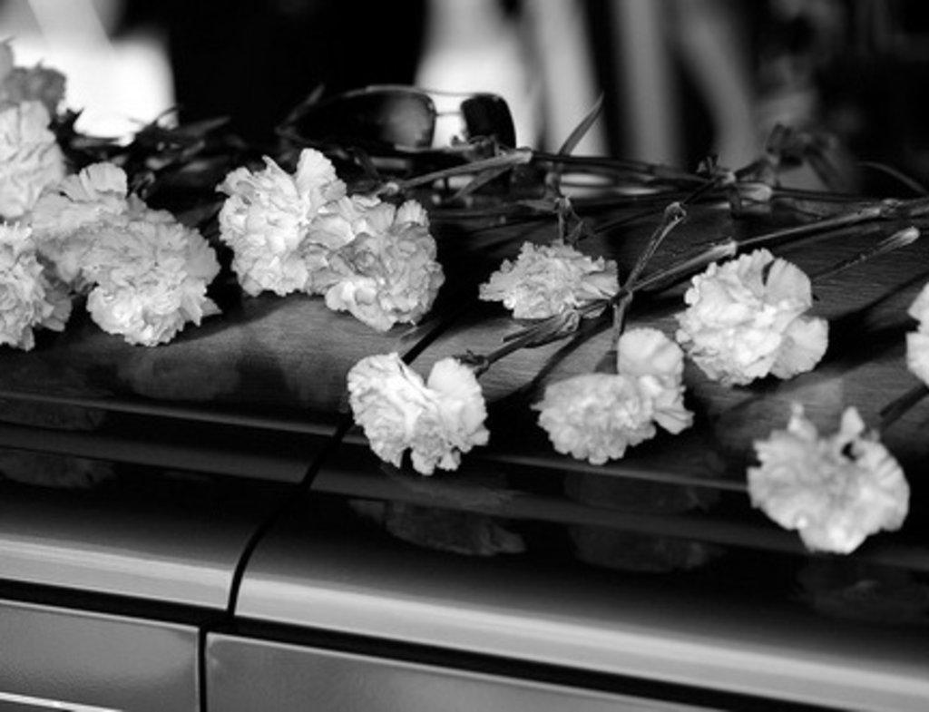 Ритуальные услуги: Стандартный пакет организации похорон в Ангел-СВК, ритуальная фирма