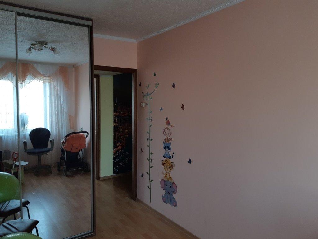3-комн. квартира: г. Орск. переулок Хрустальный, д. 6 в Континент