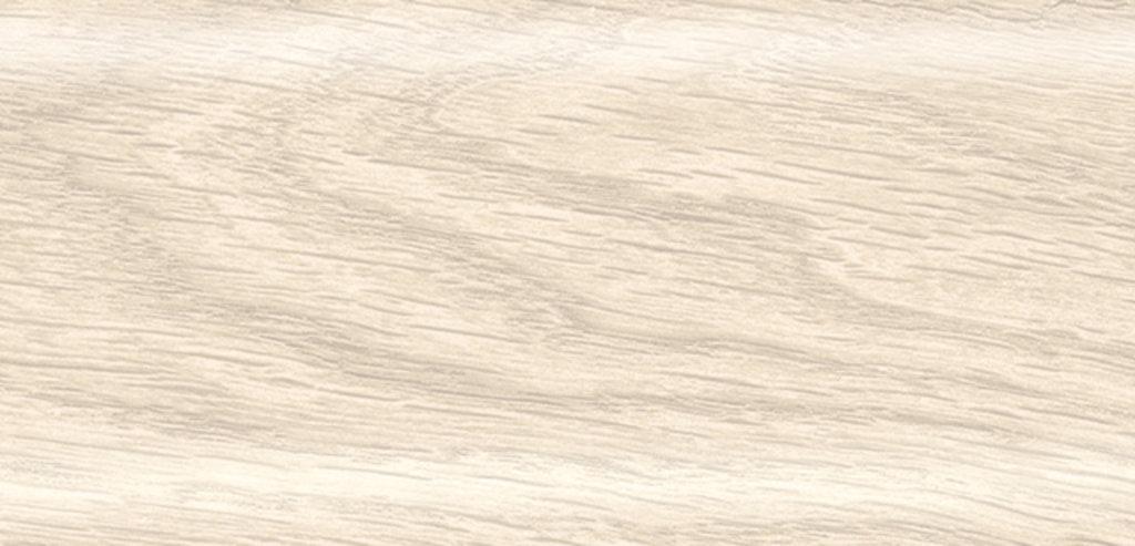 Плинтуса напольные: Плинтус Rico Leo № 114 клен высокогорный /40 в Мир Потолков