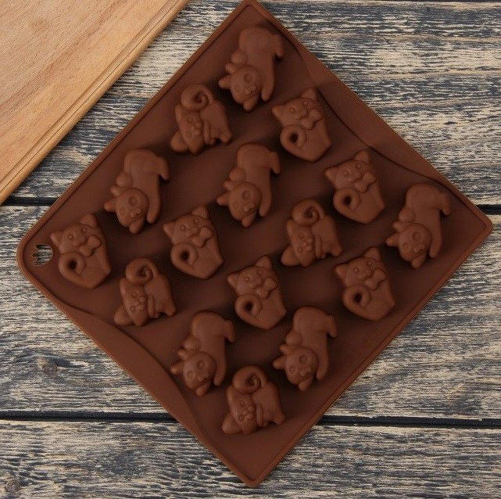 Кондитерский инвентарь: Форма для льда и шоколада Кошки 16 ячеек в ТортExpress
