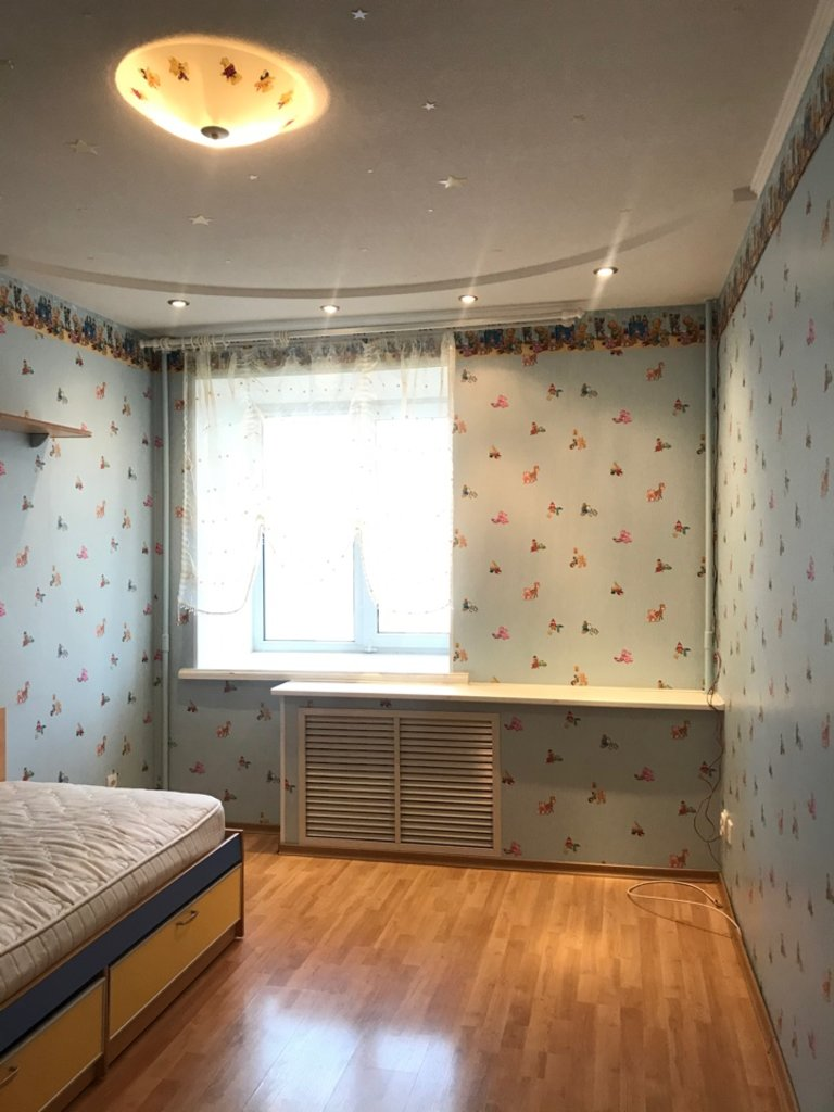 3-комн. квартира: 3-комнатная квартира улица Первомайская дом 34 в Перспектива, АН