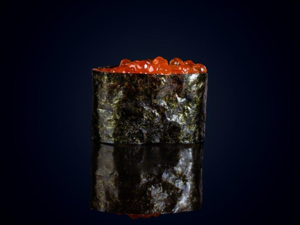 Суши и гунканы: Гункан икура в МЭСИ суши&роллы