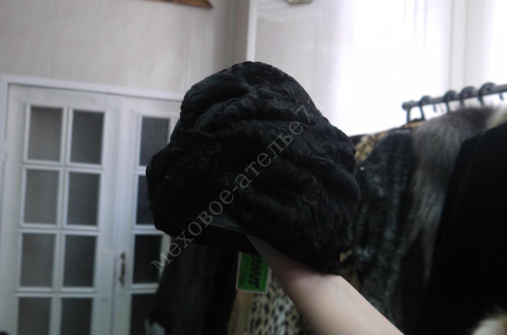 Головные уборы и аксессуары: Чалма из черной каракульчи в Молодость