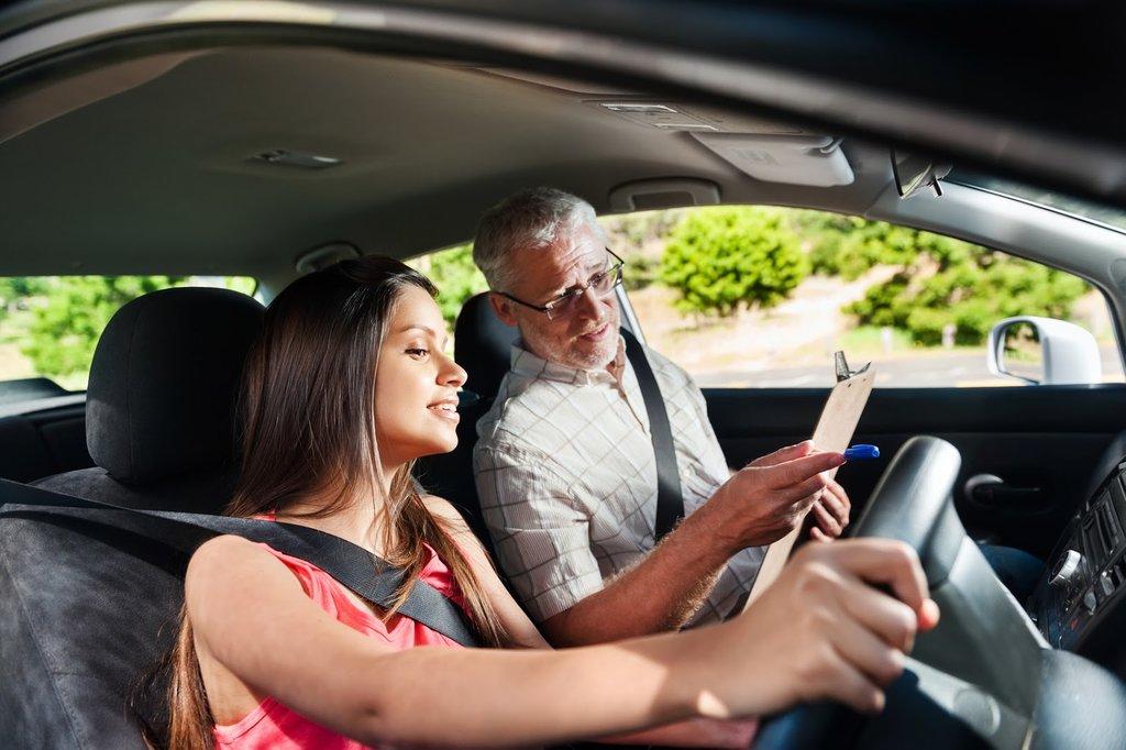 Автошкола: Уроки вождения в За рулем, автошкола