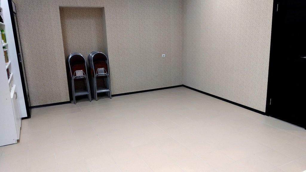 Продажа нежилого помещения: Нежилое помещение 30 кв. м улица Ленина дом 159 в Перспектива, АН