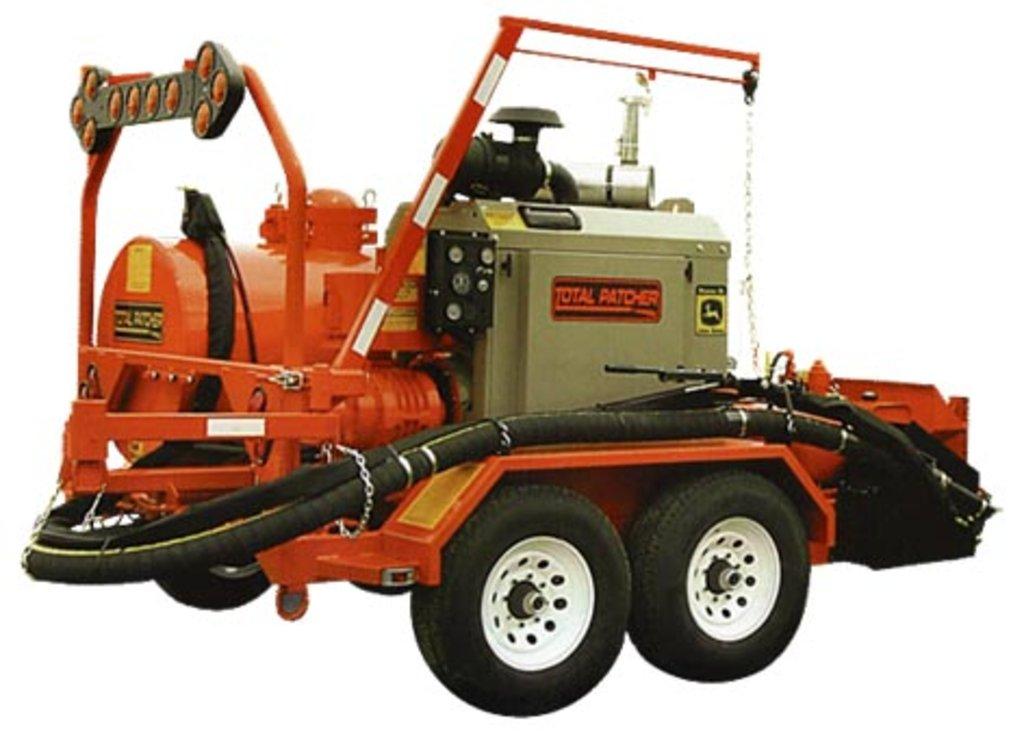 Дорожно-строительные машины и оборудование, общее: Установка для ямочного ремонта методом нагнетания в Коррус-Техникс