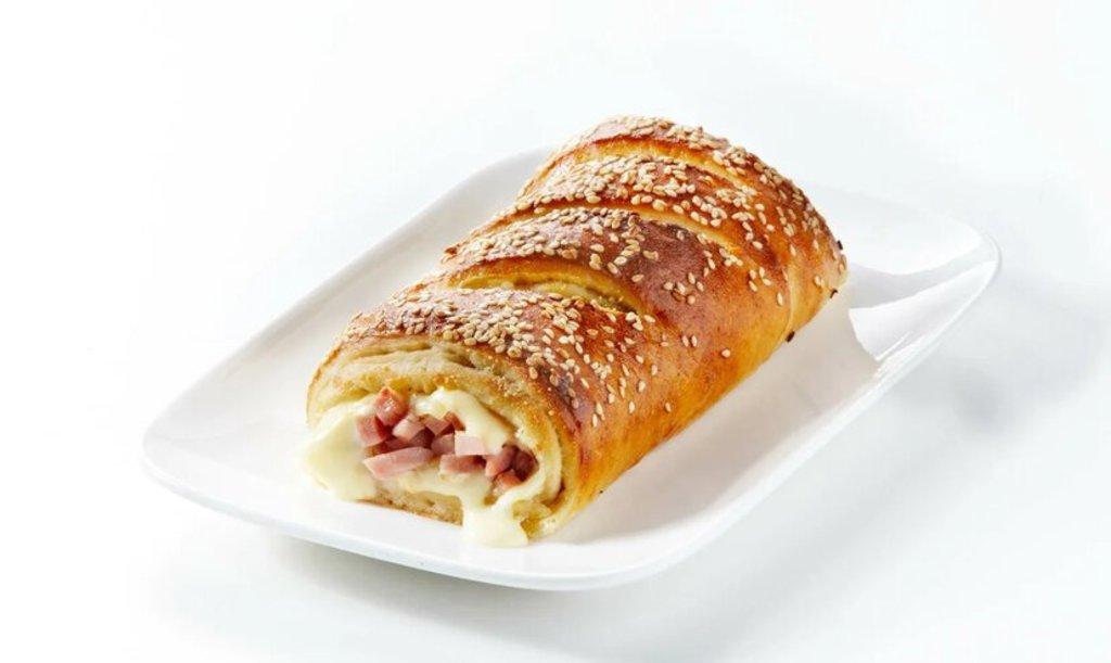 Особые блюда: Стромболи с Сыром и Ветчиной в Сбарро