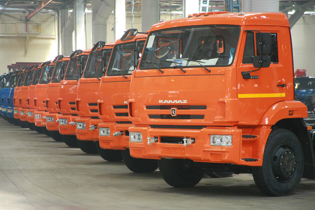 Запчасти для грузовиков Камаз: Запчасти Камаз в Автодизель, ООО