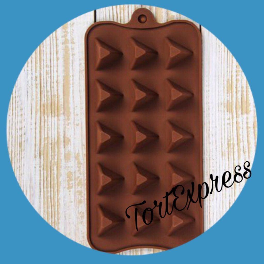 Силиконовые формы для льда, шоколада и мармелада: Силиконовая форма для льда и шоколада Треугольнички в ТортExpress