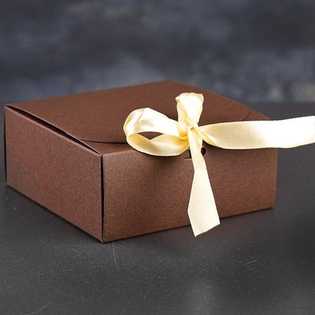Коробки для кондитерских изделий: Коробка сборная 11,5 х 11,5 х 5 см в ТортExpress