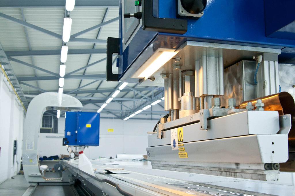 Натяжные потолки: Производство натяжных потолков в АКС