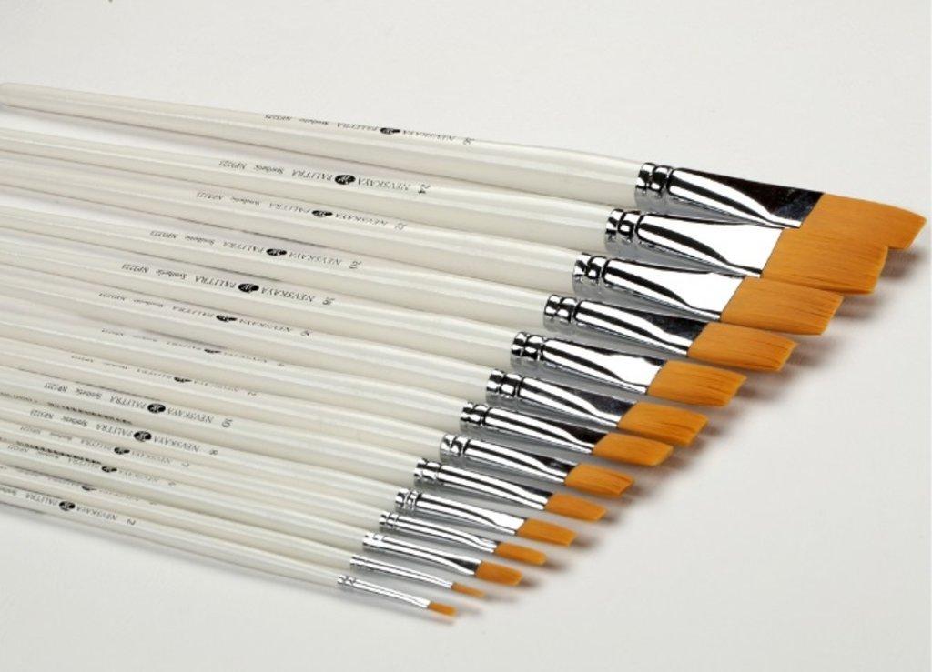 Синтетика: Кисть синтетическая плоская с длинной ручкой Невская Палитра №20 в Шедевр, художественный салон
