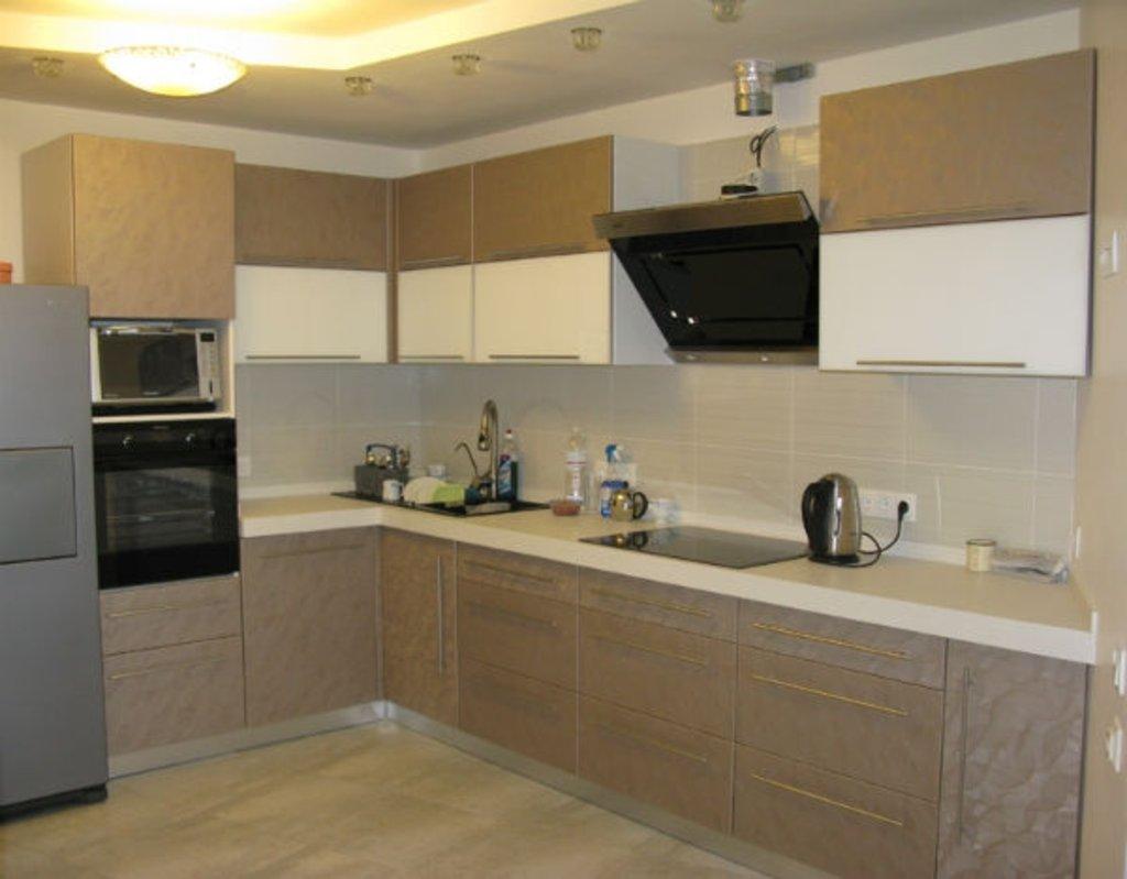 Кухня на заказ: Кухня на заказ Слива в Студия Мебели