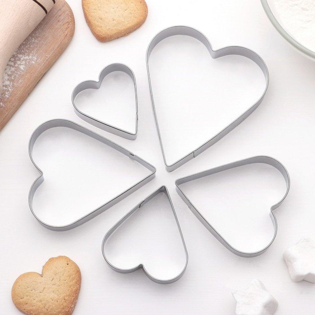 Кондитерский инвентарь: Набор форм для вырезания печенья Сердечко 5шт в ТортExpress