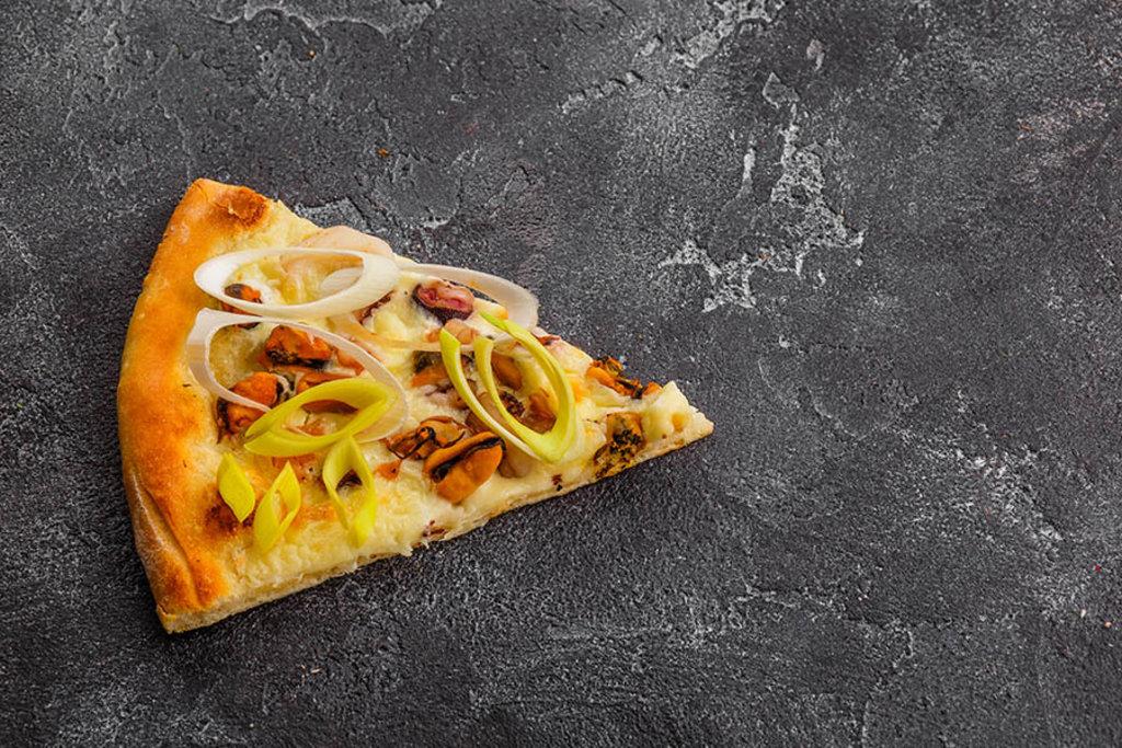 Пицца: Пицца Дары моря в Tokio