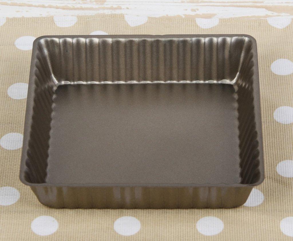 Кондитерский инвентарь: Форма для выпечки КВАДРАТ рифленная в ТортExpress