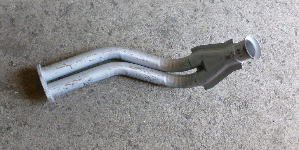 Приемные трубы глушителя: труба приёмная Ваз 2108 в Автоцентр