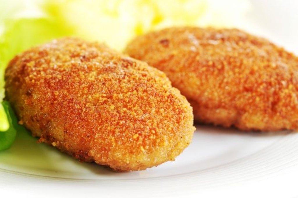 Суббота: Картофельные котлеты с сыром и чесночным соусом 180гр в Смак-нк.рф