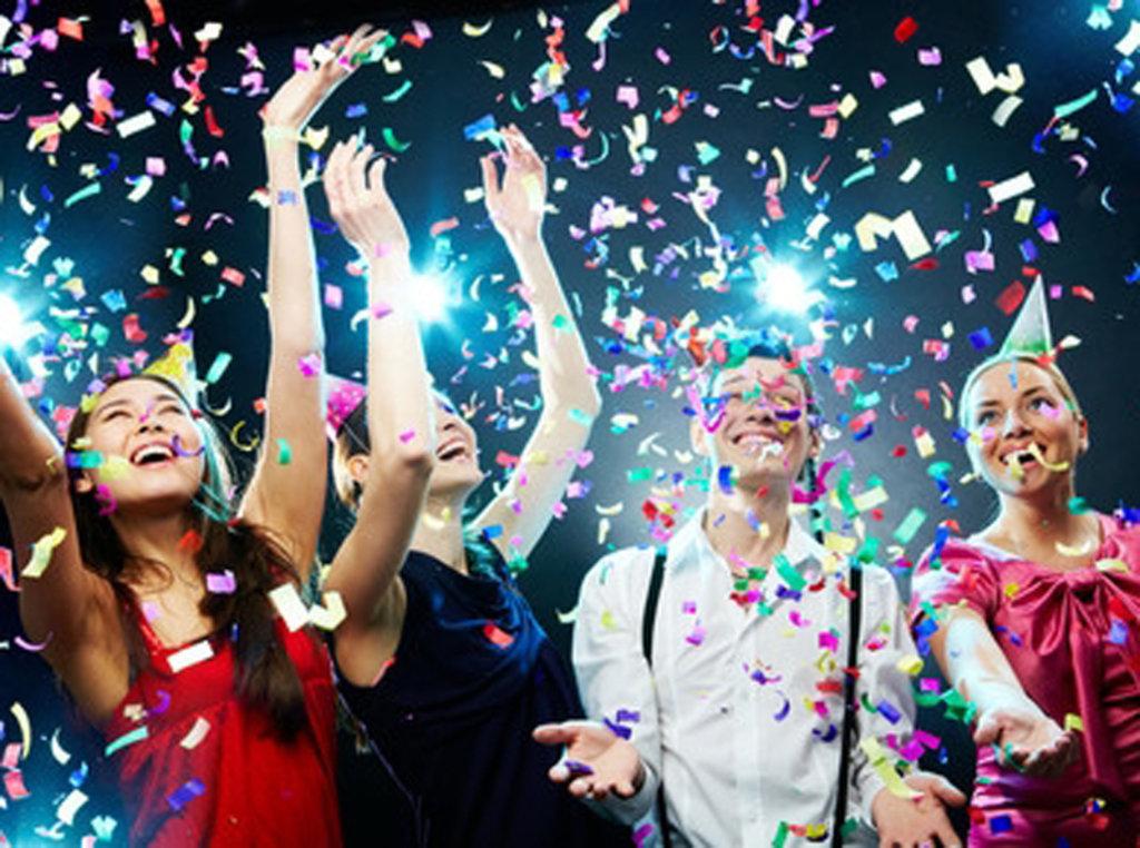 Ночной клуб: Проведение дня рождения в Огни Сухоны, развлекательный центр