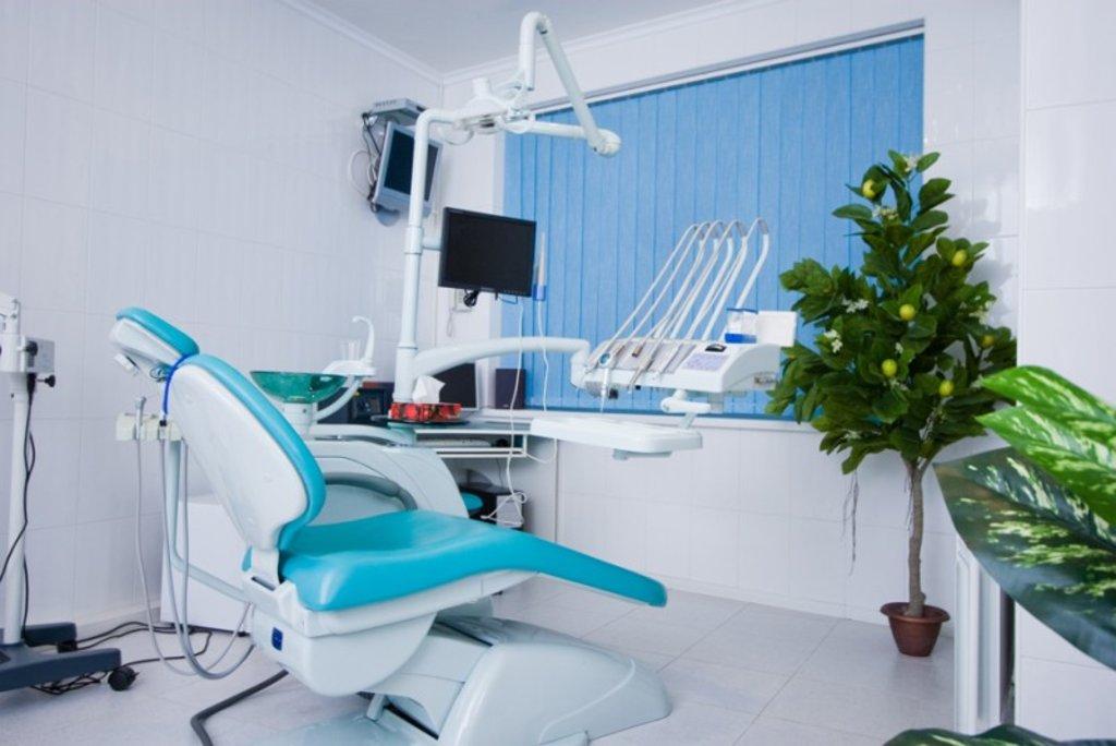 Стоматологические услуги: Стоматологическая клиника в ДанСи, стоматология, ООО