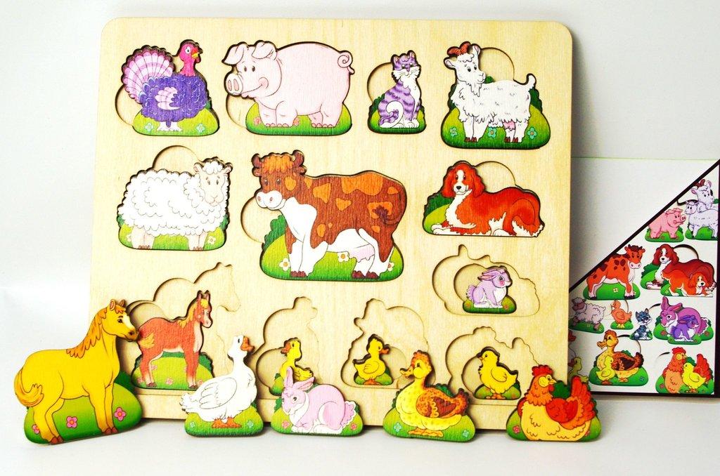 Игрушки для малышей: Нескучные игры 8090 Развивающая доска Чей малыш? Домашние животные в Игрушки Сити