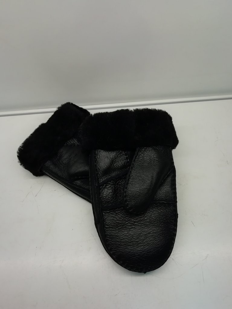 Изделия из натурального меха и кожи (перчатки, варежки, тапочки): Рукавицы мужские из овчины в Сельский магазин