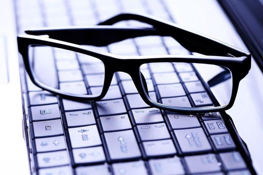 Оптика: Очки компьютерные в Сияние, сеть салонов оптики, ООО