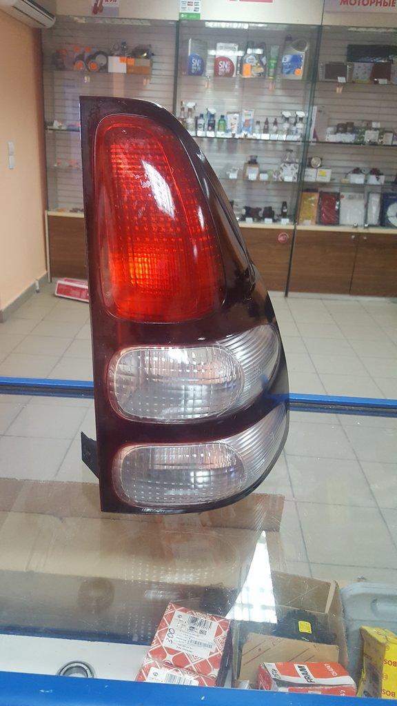 Оптика: Фонарь задний правый Toyota Land Cruser Prado 120 Б/У в VINcode