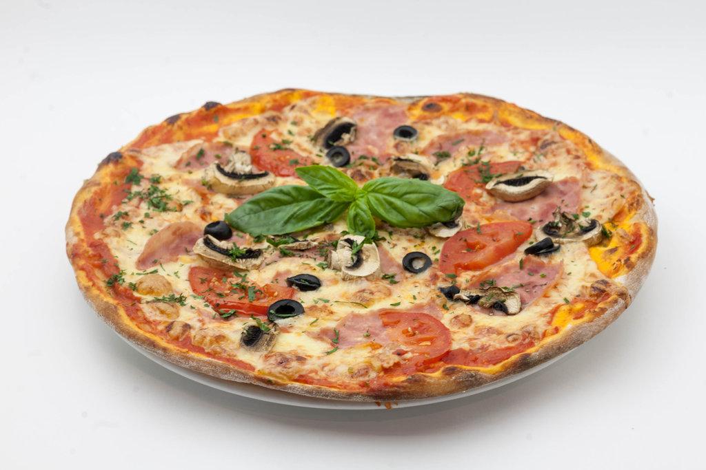 Пицца: Пицца Неаполитанская в Tokio