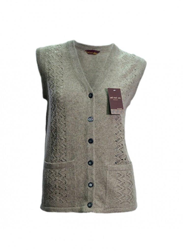 Женская одежда: Жилетка вязаная ажурная в Сельский магазин