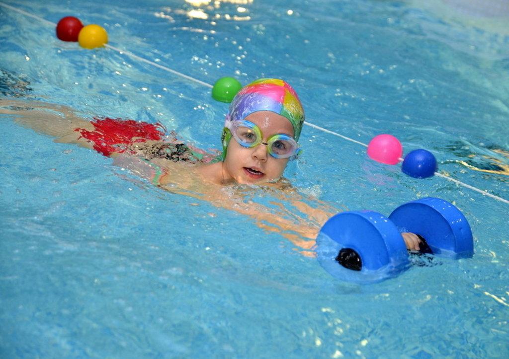 Бассейн: Обучение плаванию детей в Спектр, спортивно-концертный комплекс, МУП