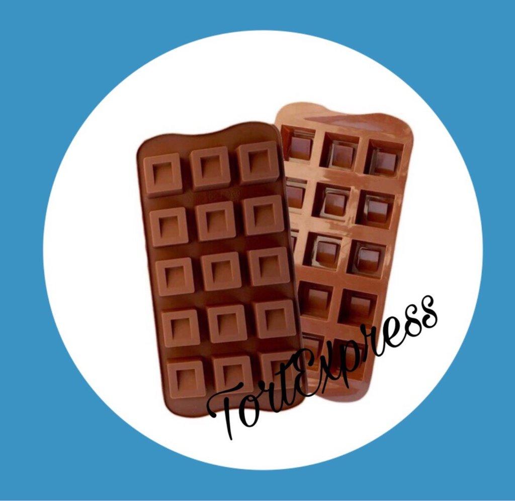 Кондитерский инвентарь: Форма для льда и шоколада Кубики 15 ячеек в ТортExpress