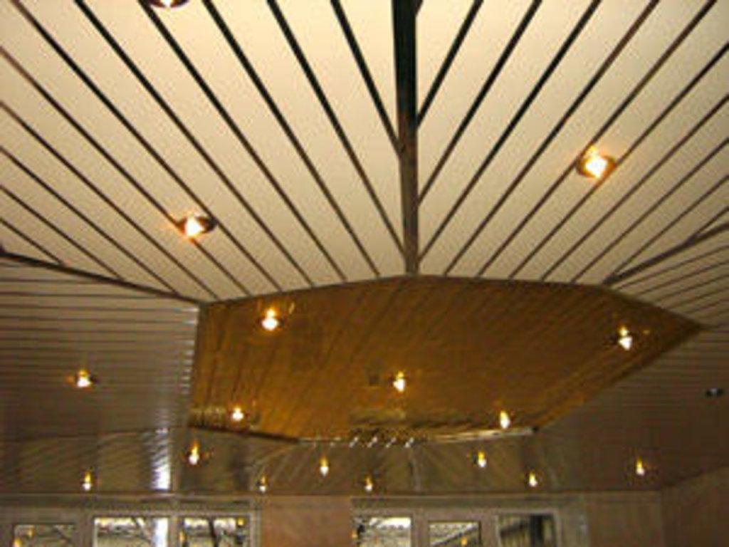 Реечные потолки: Реечный потолок открытого типа AN85A суперзолото А102 в Мир Потолков