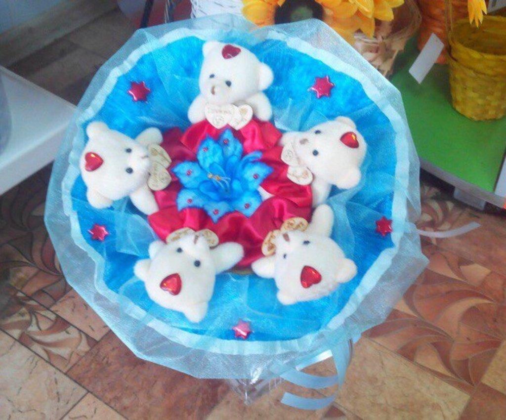 Сувениры, подарки: Букет из мягких игрушек № 1 в Николь, магазины цветов