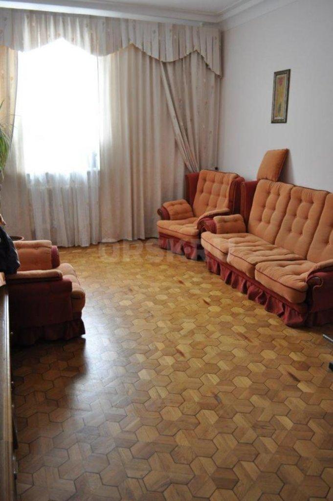 3-комн. квартиры: г.Орск ул.Нефтяников д.2 в Эверест