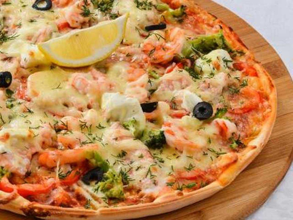 Пицца: Пицца с тигр. креветками, семгой и кальмарами в Провиант