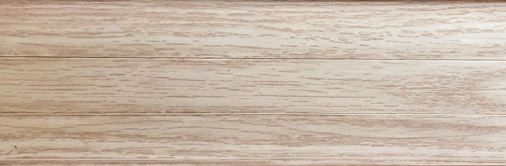 Плинтуса напольные: Плинтус с К/К RICO № 18 дуб аляска /40 в Мир Потолков