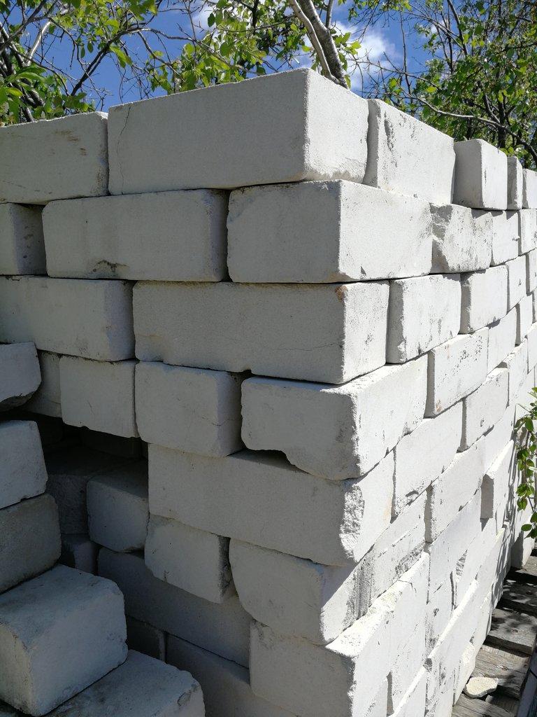 Кирпичи: Кирпич керамический цокольный в Самаре и регионе. в Аэроплан, ООО