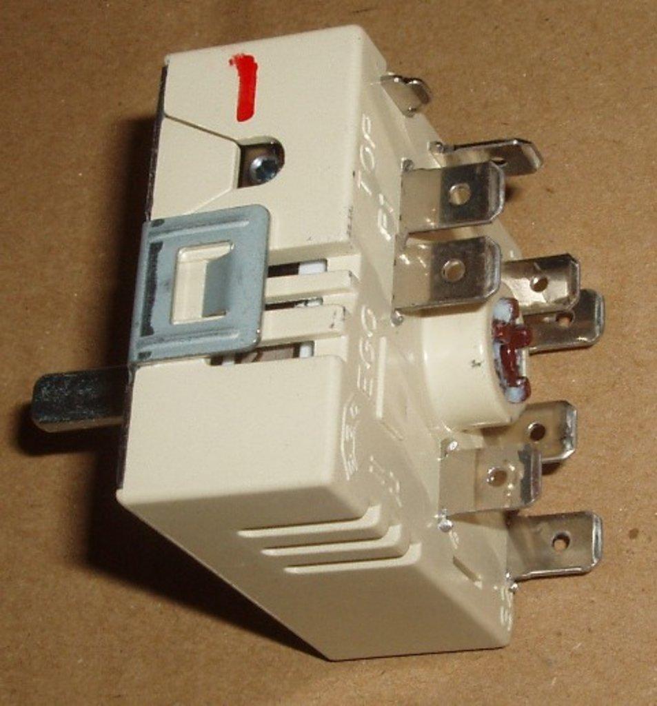 Запчасти для плит и микроволновых СВЧ печей (микроволновок): Переключатель мощности конфорки стеклокерамика с расширительной зоной, шток-20мм, EGO 50.55021.100, 481227328265, C00377519, 8002321, 056412, 40CU138, CU6907, LF3350035 в АНС ПРОЕКТ, ООО, Сервисный центр