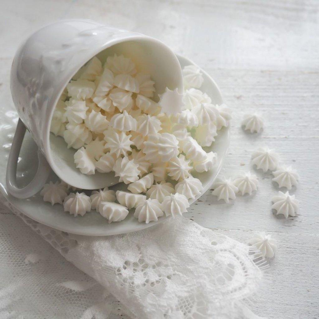 Украшения, декор: Посыпка мини-безе Белая, 50 гр в ТортExpress