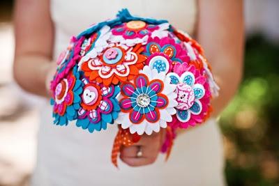 Свадебные букеты и бутоньерки: Свадебный букет , букет невесты. Иркутск. в Svadba-skoro.ru