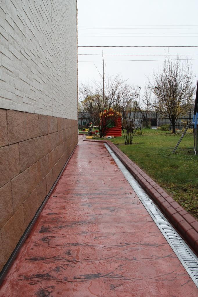 Благоустройство и озеленение территорий: монолитный гибкий бетонный бордюр в Мастербордюр-ДВ